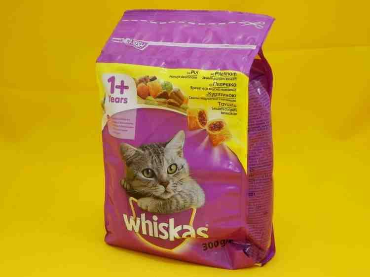 Whiskas c курицей, сухой корм для кошек