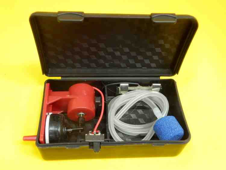 Компрессор Xilong (Ксилонг) для аквариума на батарейках