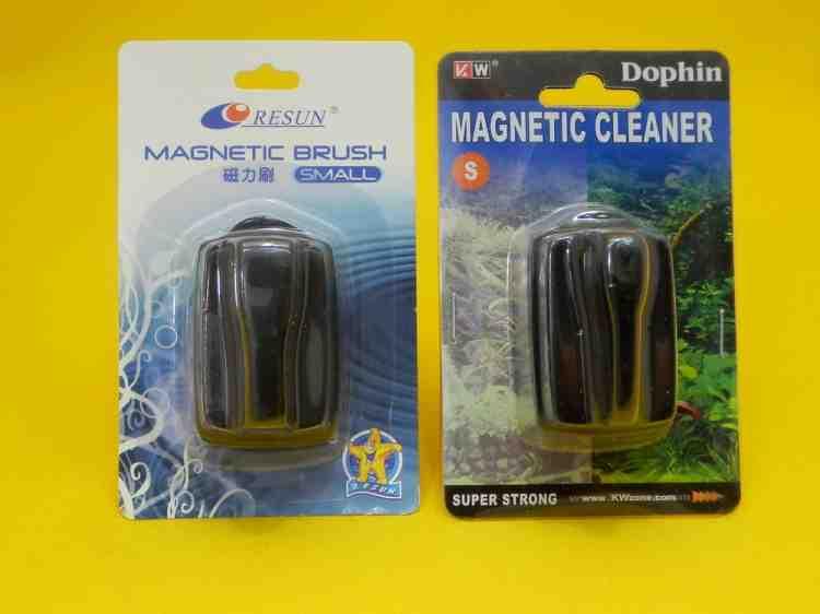Магнитный очиститель стекол маленький  для аквариума