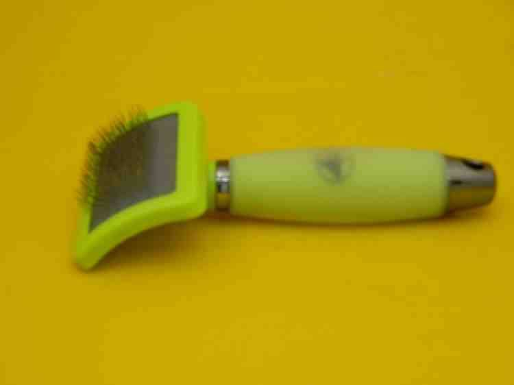 Пуходёрка маленькая с силиконовой ручкой