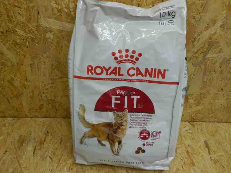 Роял Канин (Royal Canin Fit 32), корм для взрослых кошек от 1 до 7 лет